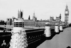 Doctor who 10 dalek invasion of the earth daleks