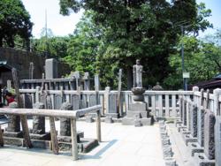 47_ronin_graves