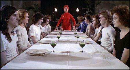 Horror hospital dinner