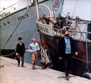 Tintin golden fleece to the ship