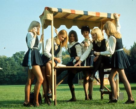 The Great St Trinian's Train Robbery girls