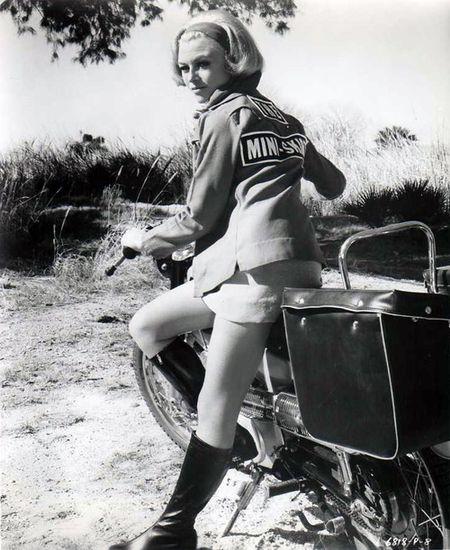 The mini-skirt mob mccormak