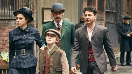 Houdini and doyle (5)