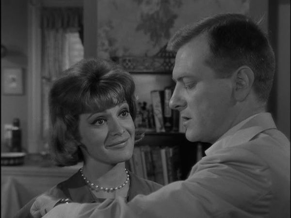 an analysis of human reactions to panic and chaos in the shelter an episode in twilight zone Jonathan murphy, commonly known as murphy or john murphy, is a major character in the third, fourth, fifth, and sixth seasons he initially appeared as a recurring character in the first and second seasons he is portrayed by cast member richard harmon and debuts in the series premiere murphy.