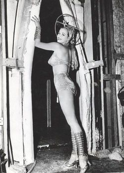 Abbott And Costello Go To Mars 1953 anita ekberg
