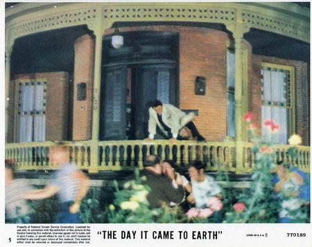 The day it came to earth lobby a