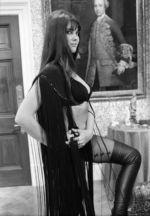 Dracula ad 1972  (14)