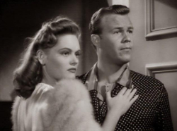 The Smiling Ghost 1941 wayne and alexis