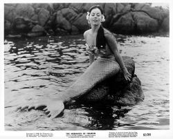 The Mermaids of Tiburon 1962 aa
