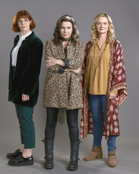 Queens Of Mystery Series 1 sisters