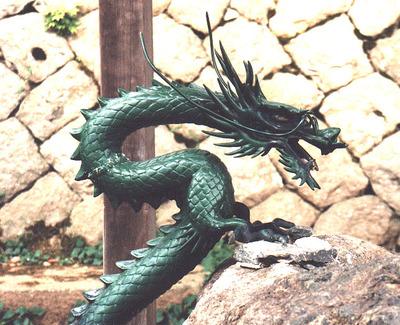 Green_dragon_in_takayama_temple